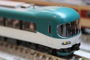 KTR8000形 ライト