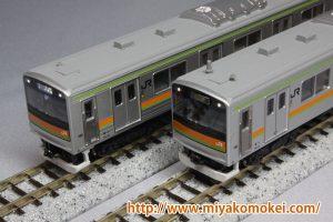 カトー 10-494 205系3000番台八高線 色入れ・墨入れ比較
